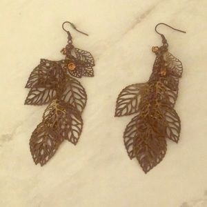 Jewelry - Vintage Feather Gold Earrings
